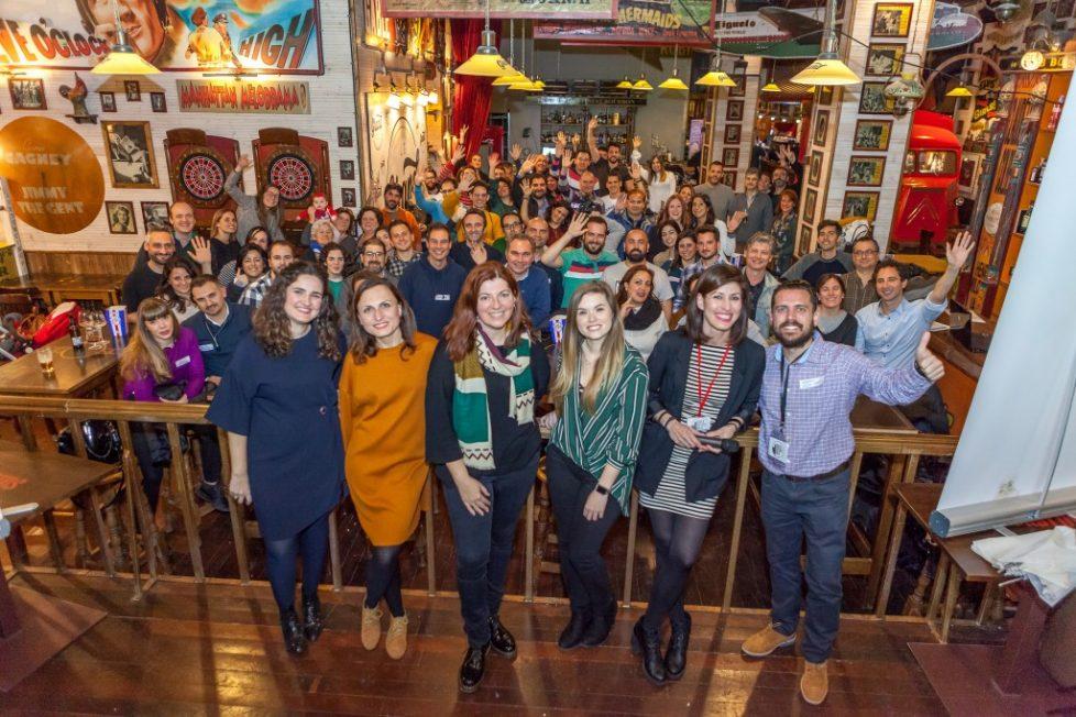 Charlas divulgativas por mujeres sobre datos, 120 asistentes y cerveza especial cortesía de San Miguel en nuestro 9º Databeers Málaga